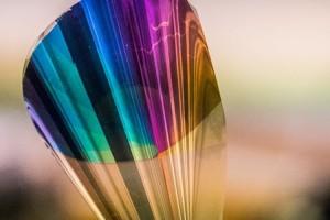 ساخت صفحات E-Ink تمام رنگی بوسیلهی مواد انعطاف پذیر